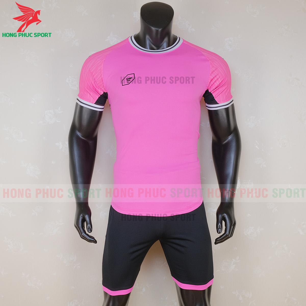 https://cdn.hongphucsport.com/unsafe/s4.shopbay.vn/files/285/ao-bong-da-khong-logo-ta-a06-mau-1-8-5f71bf88d81f8.png