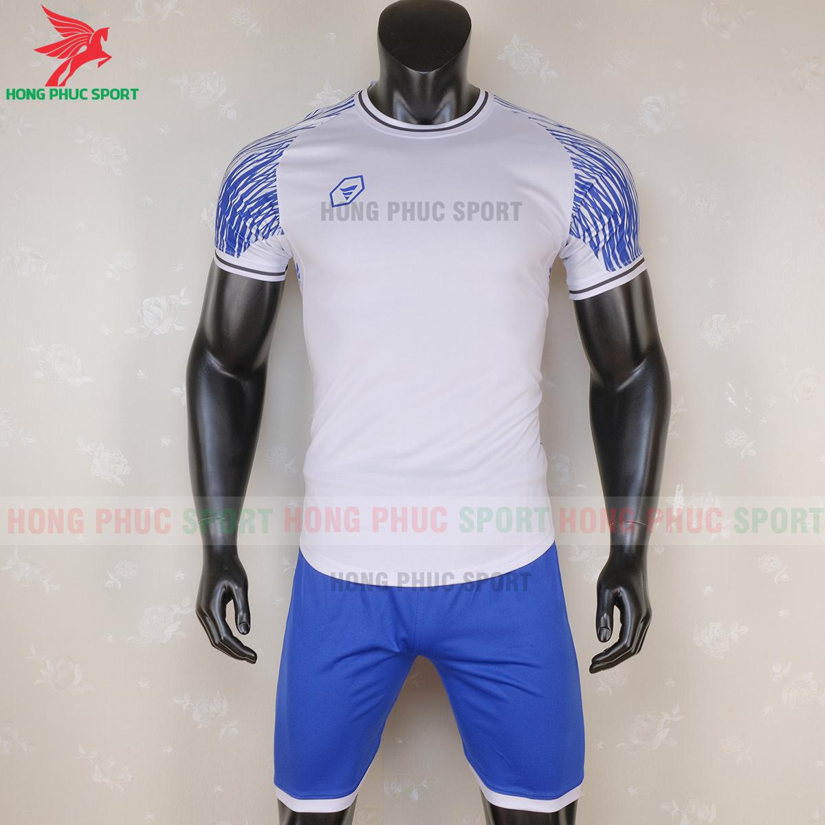 https://cdn.hongphucsport.com/unsafe/s4.shopbay.vn/files/285/ao-bong-da-khong-logo-ta-a06-mau-6-8-5f7292c58dbfd.png