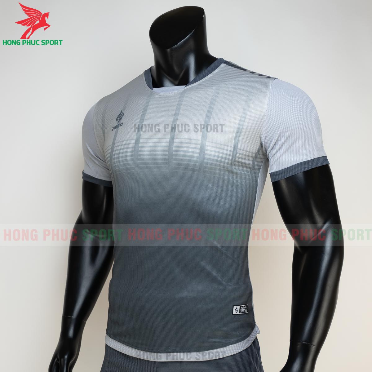 https://cdn.hongphucsport.com/unsafe/s4.shopbay.vn/files/285/ao-bong-da-khong-logo-zikco-z01-mau-den-3-605024eac94b8.png