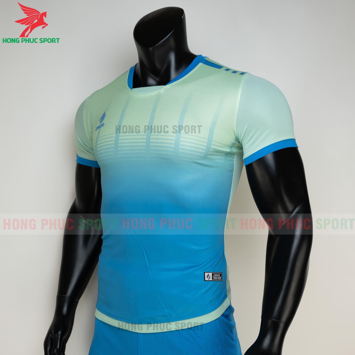 https://cdn.hongphucsport.com/unsafe/s4.shopbay.vn/files/285/ao-bong-da-khong-logo-zikco-z01-mau-xanh-ngoc-4-605029675212d.png
