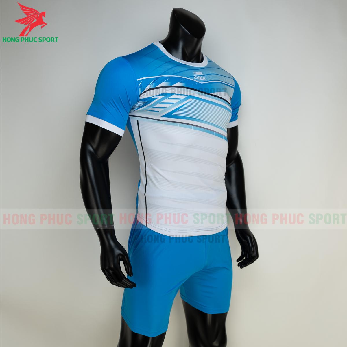 https://cdn.hongphucsport.com/unsafe/s4.shopbay.vn/files/285/ao-bong-da-khong-logo-zuka-01-mau-xanh-6-60502e7a7d758.png