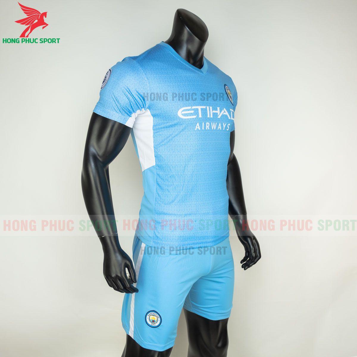 https://cdn.hongphucsport.com/unsafe/s4.shopbay.vn/files/285/ao-bong-da-manchester-city-2021-2022-san-nha-6-60d30162b75ff.jpg
