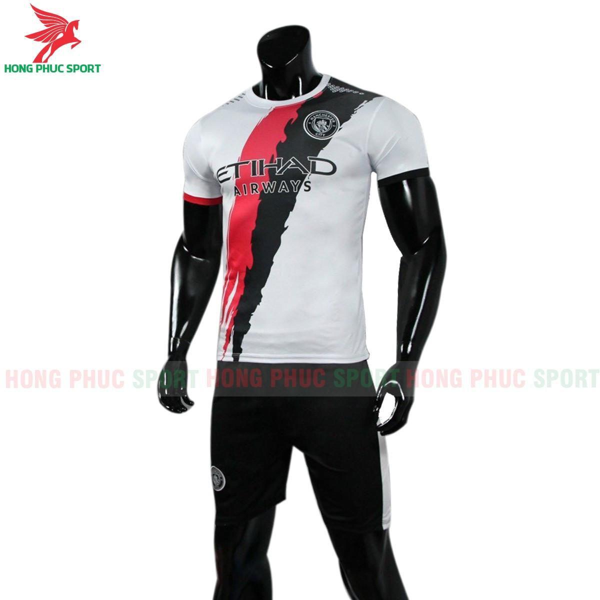 https://cdn.hongphucsport.com/unsafe/s4.shopbay.vn/files/285/ao-bong-da-mancity-phien-ban-fan-2020-2021-607418d396102.jpg