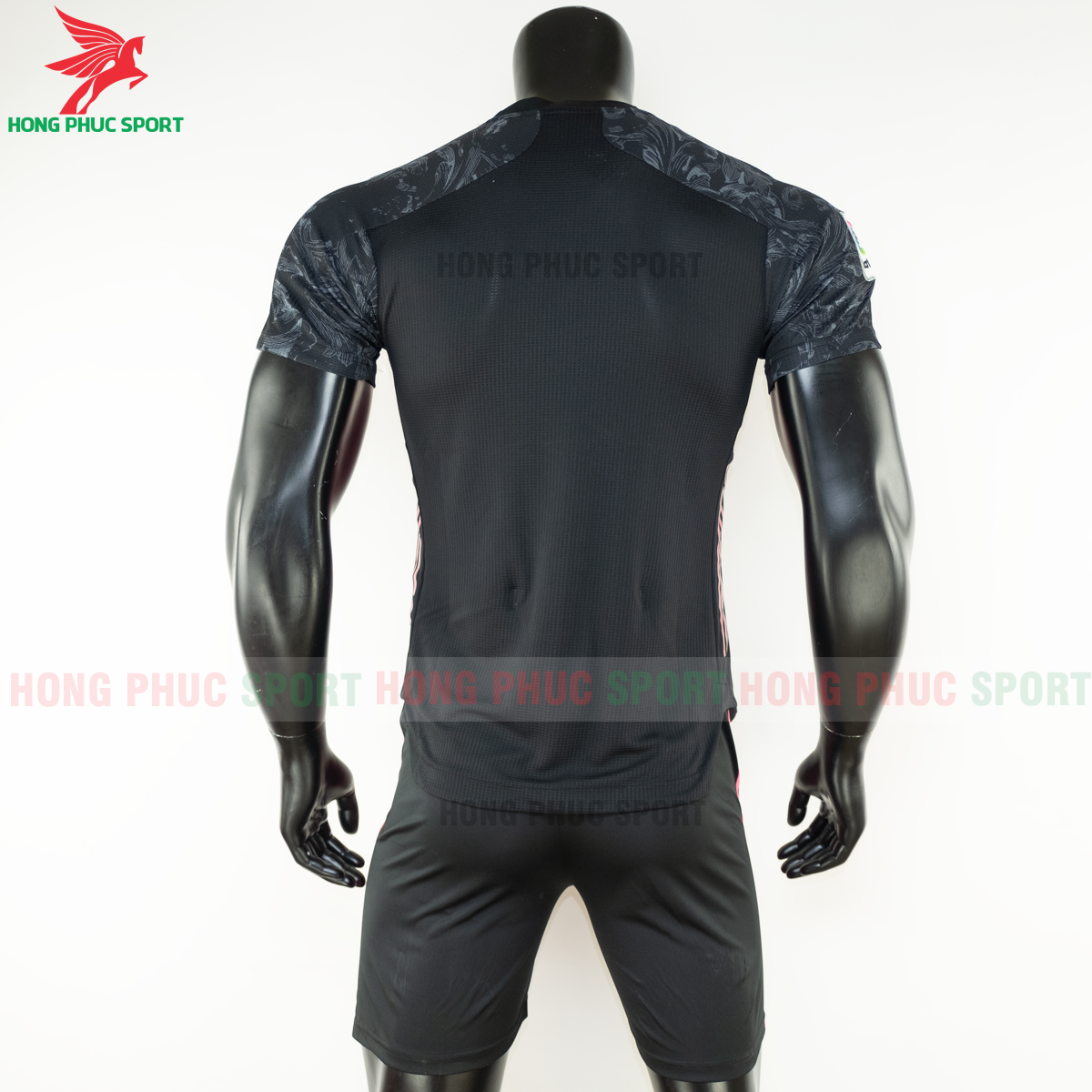 https://cdn.hongphucsport.com/unsafe/s4.shopbay.vn/files/285/ao-bong-da-real-madrid-2020-2021-mau-thu-3-hang-thailand-5-5f8fea561e1e4.png