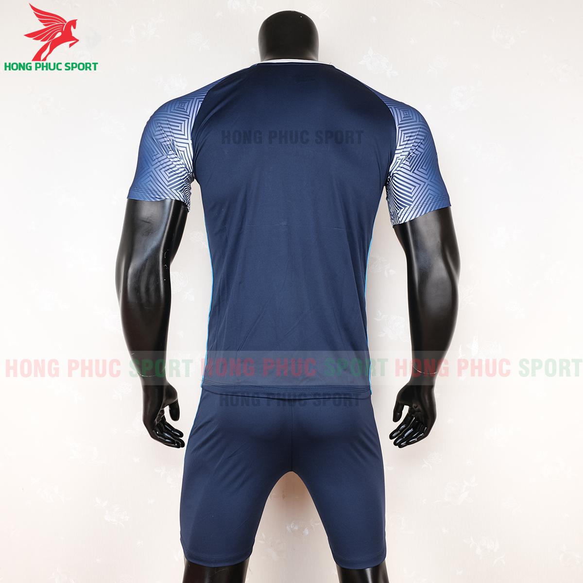 https://cdn.hongphucsport.com/unsafe/s4.shopbay.vn/files/285/ao-bong-da-riki-quator-xanh-bich-5-5f71b501790a3.png