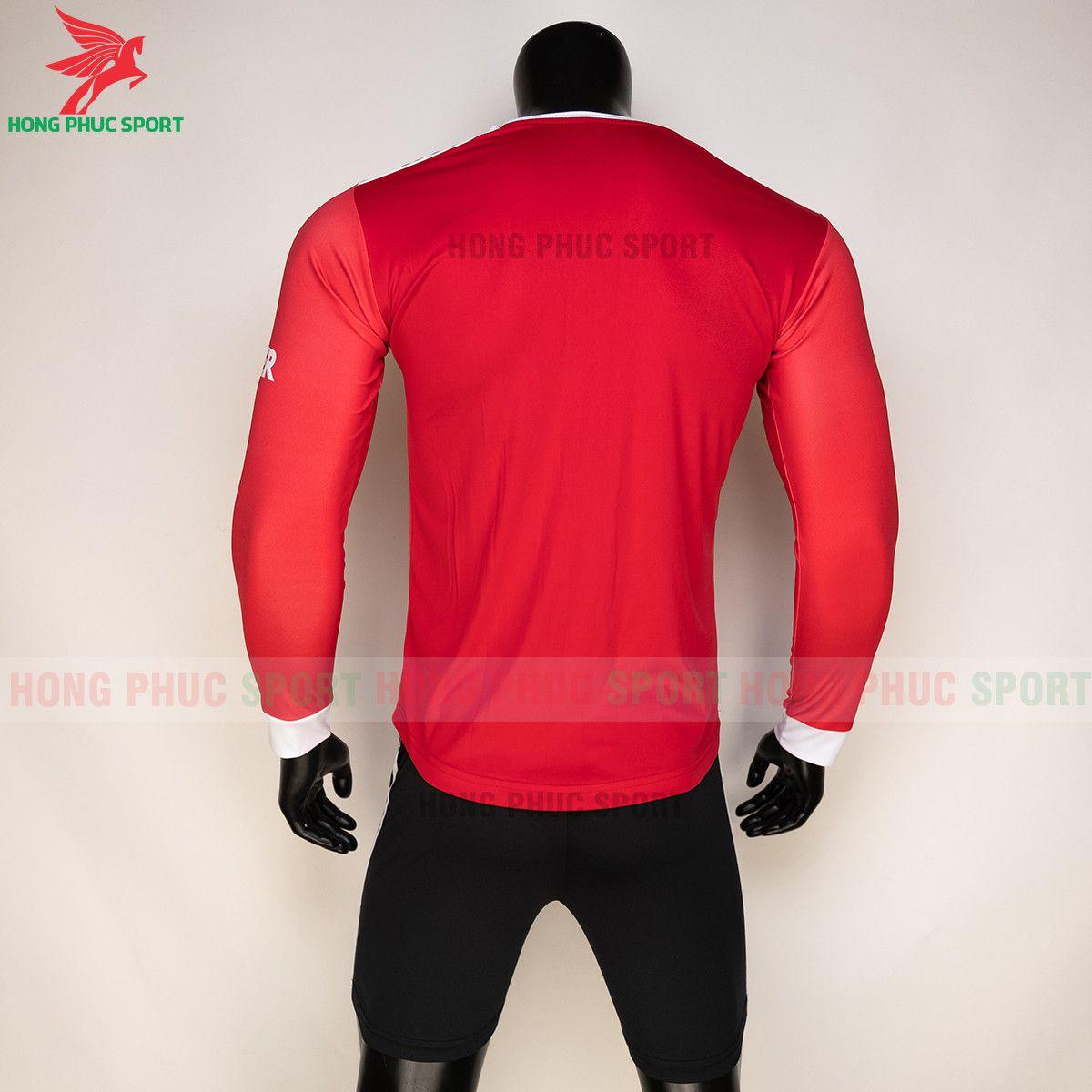 https://cdn.hongphucsport.com/unsafe/s4.shopbay.vn/files/285/ao-bong-da-tay-dai-man-utd-2021-22-san-nha-thun-lanh-61557fd161d7a.jpg