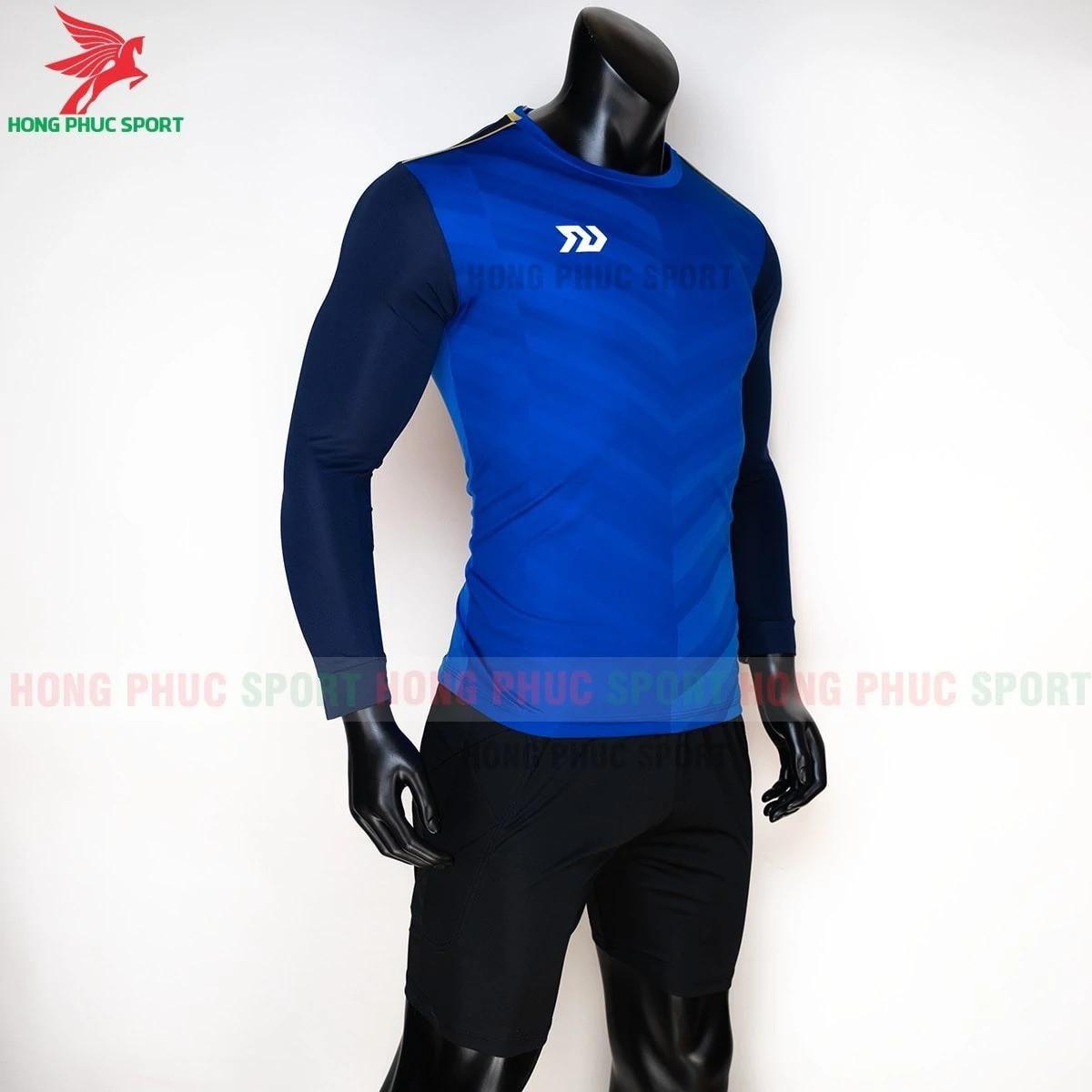 https://cdn.hongphucsport.com/unsafe/s4.shopbay.vn/files/285/ao-bong-da-thu-mon-bulbal-xanh-duong-4-5f72ae033e21a.jpg
