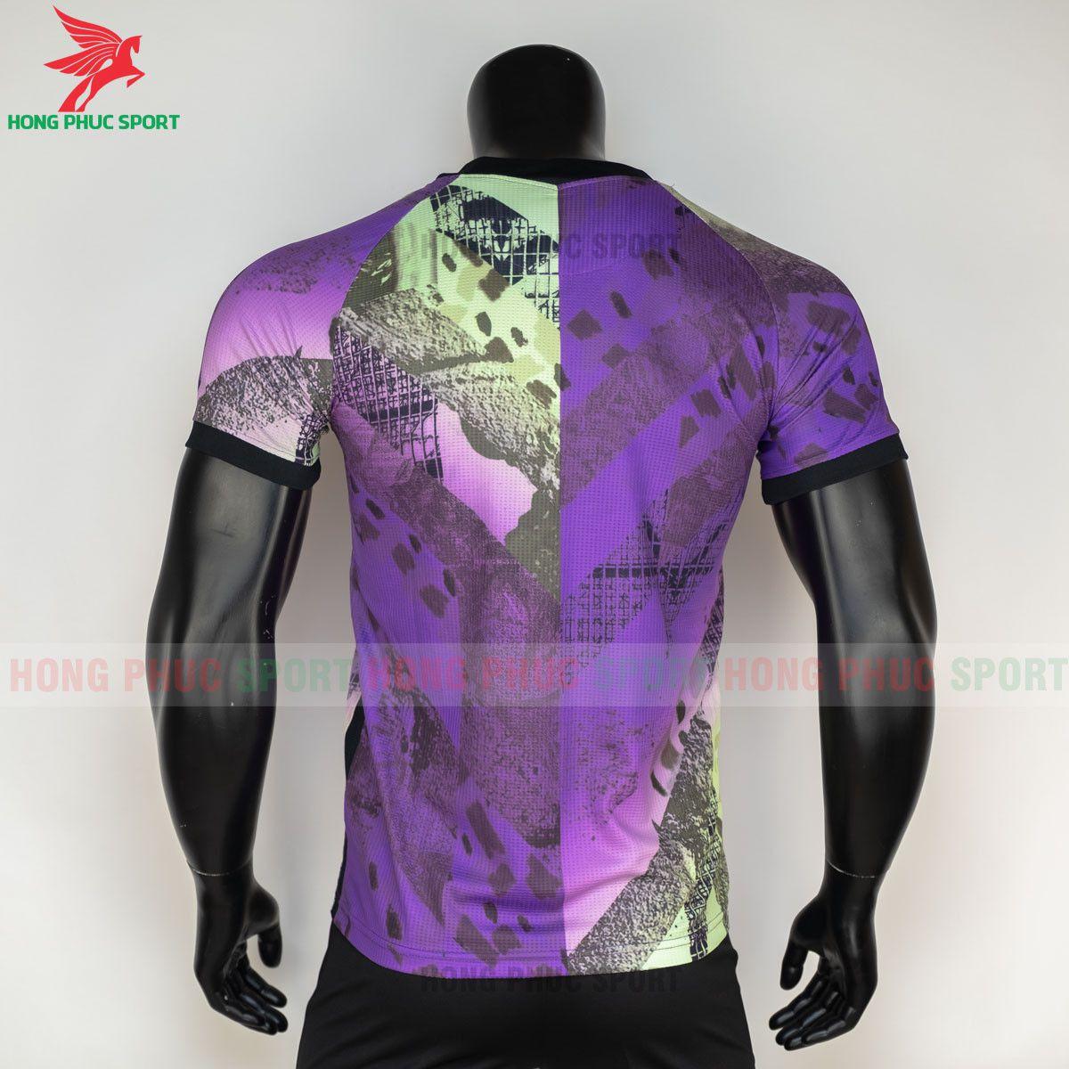 https://cdn.hongphucsport.com/unsafe/s4.shopbay.vn/files/285/ao-bong-da-tottenham-2021-2022-mau-thu-3-hang-thai-7-60d2fb10d1984.jpg