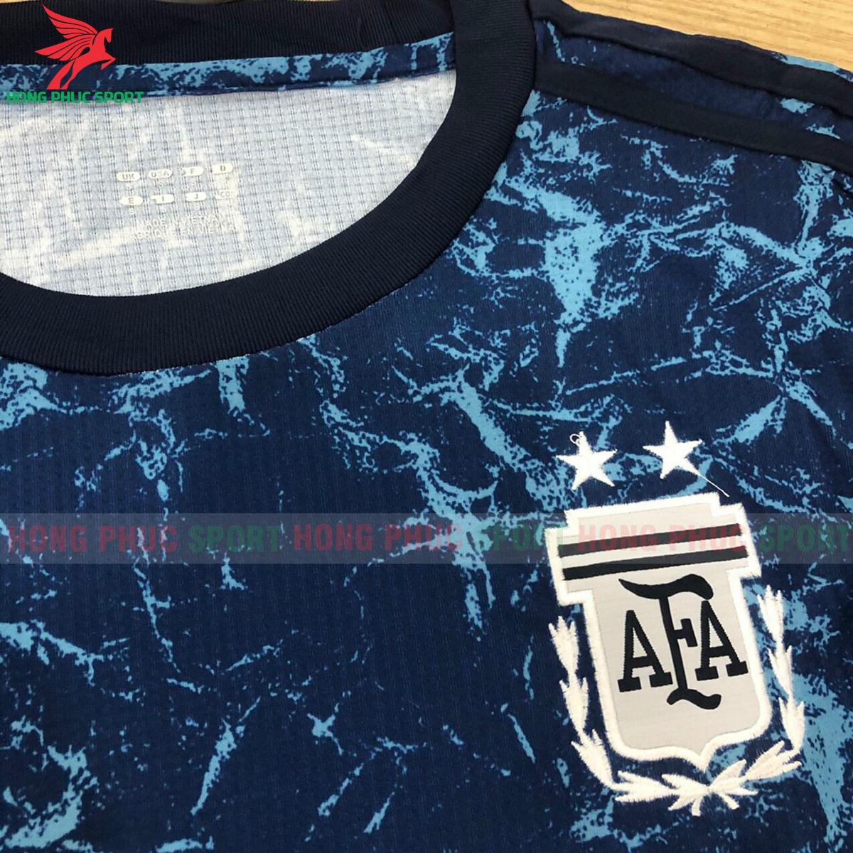 https://cdn.hongphucsport.com/unsafe/s4.shopbay.vn/files/285/ao-bong-da-training-argentina-copa-america-2021-1-60f242d0d318c.png
