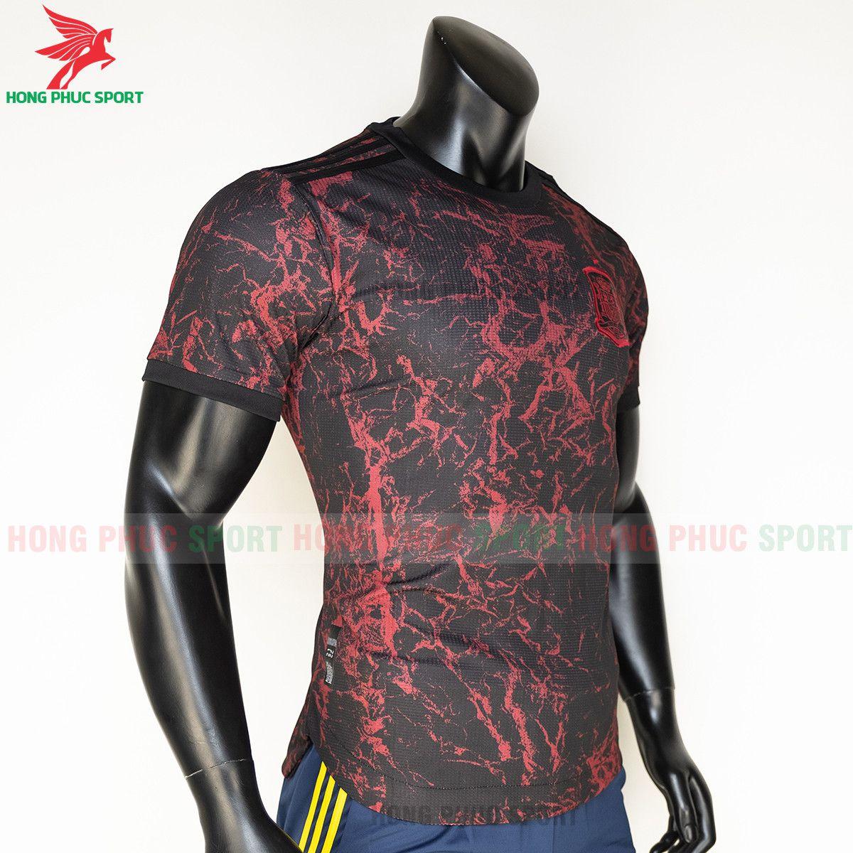 https://cdn.hongphucsport.com/unsafe/s4.shopbay.vn/files/285/ao-bong-da-training-tuyen-tay-ban-nha-euro-2021-thailand-3-61558c4e90032.jpg