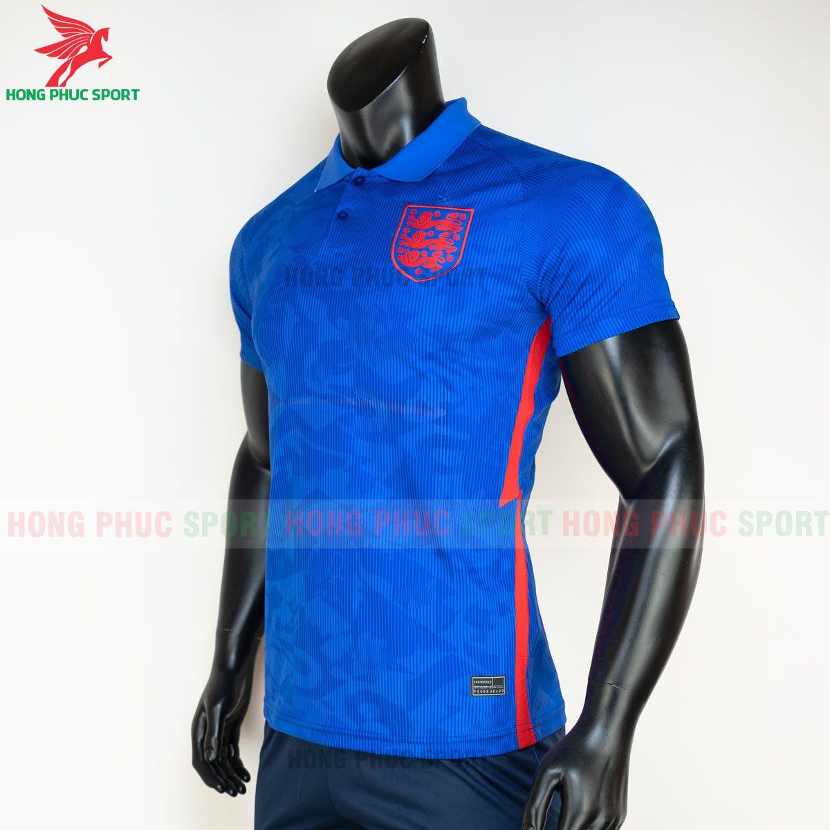 https://cdn.hongphucsport.com/unsafe/s4.shopbay.vn/files/285/ao-bong-da-tuyen-anh-2021-san-khach-hang-thai-3-60d2f98670dad.jpg