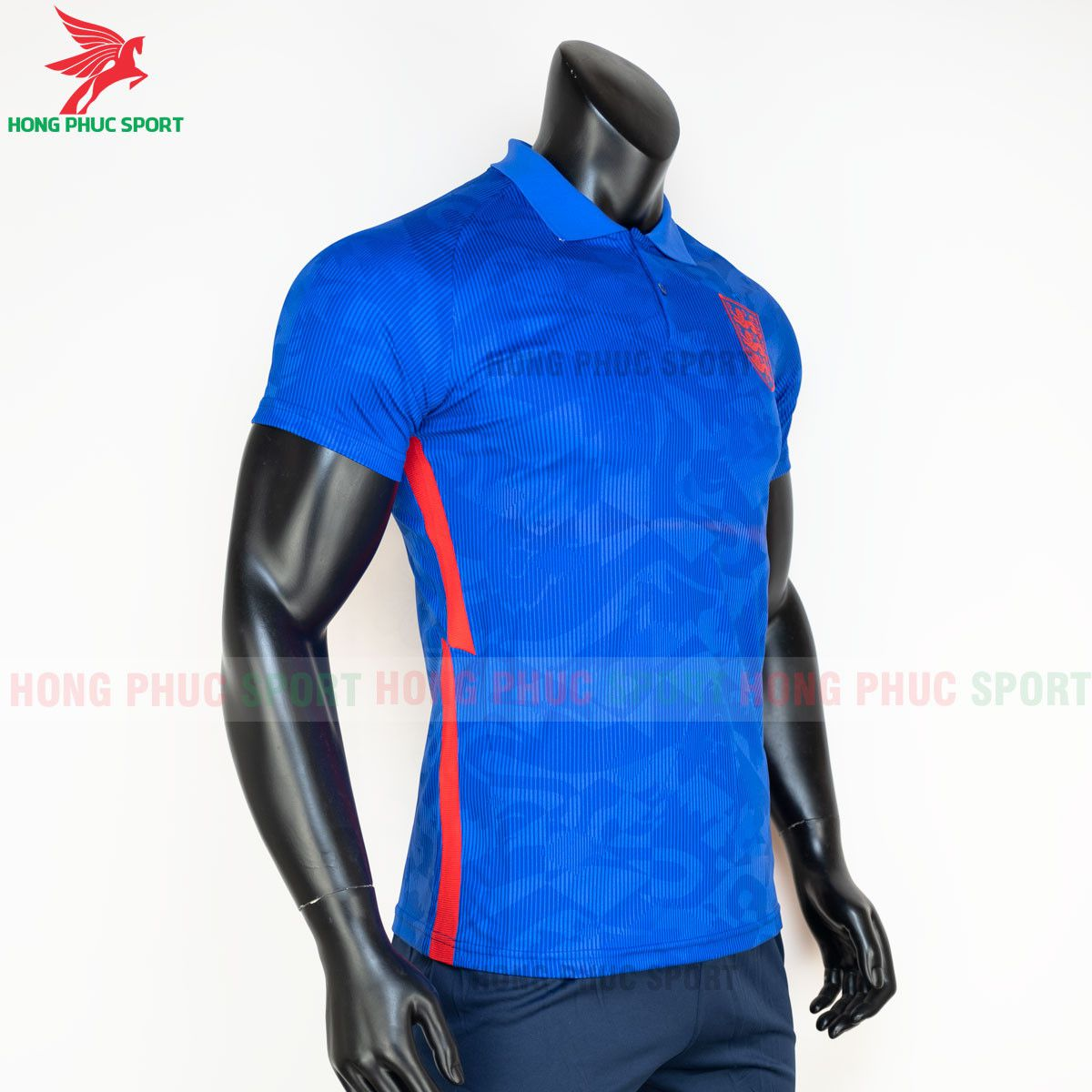 https://cdn.hongphucsport.com/unsafe/s4.shopbay.vn/files/285/ao-bong-da-tuyen-anh-2021-san-khach-hang-thai-5-60d2f98f028c4.jpg