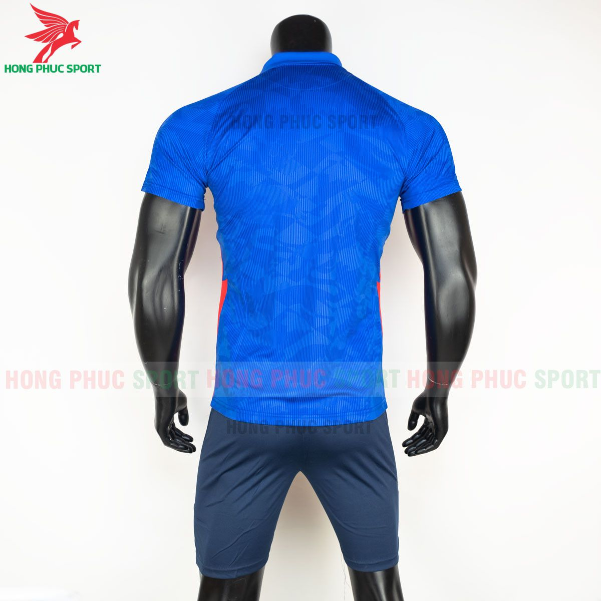 https://cdn.hongphucsport.com/unsafe/s4.shopbay.vn/files/285/ao-bong-da-tuyen-anh-2021-san-khach-hang-thai-8-60d2f98f41191.jpg