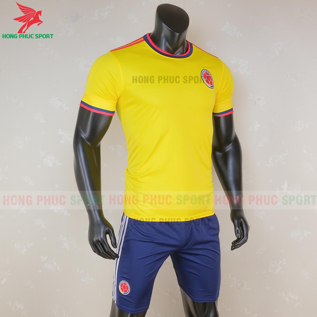 https://cdn.hongphucsport.com/unsafe/s4.shopbay.vn/files/285/ao-bong-da-tuyen-colombia-2020-san-khach-1-5f7163bfe8602.png