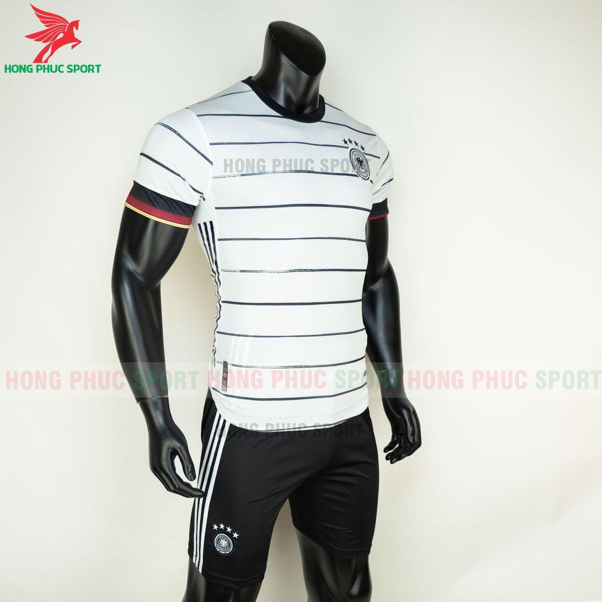 https://cdn.hongphucsport.com/unsafe/s4.shopbay.vn/files/285/ao-bong-da-tuyen-duc-2021-san-nha-hang-thai-3-60d300cd92c01.jpg
