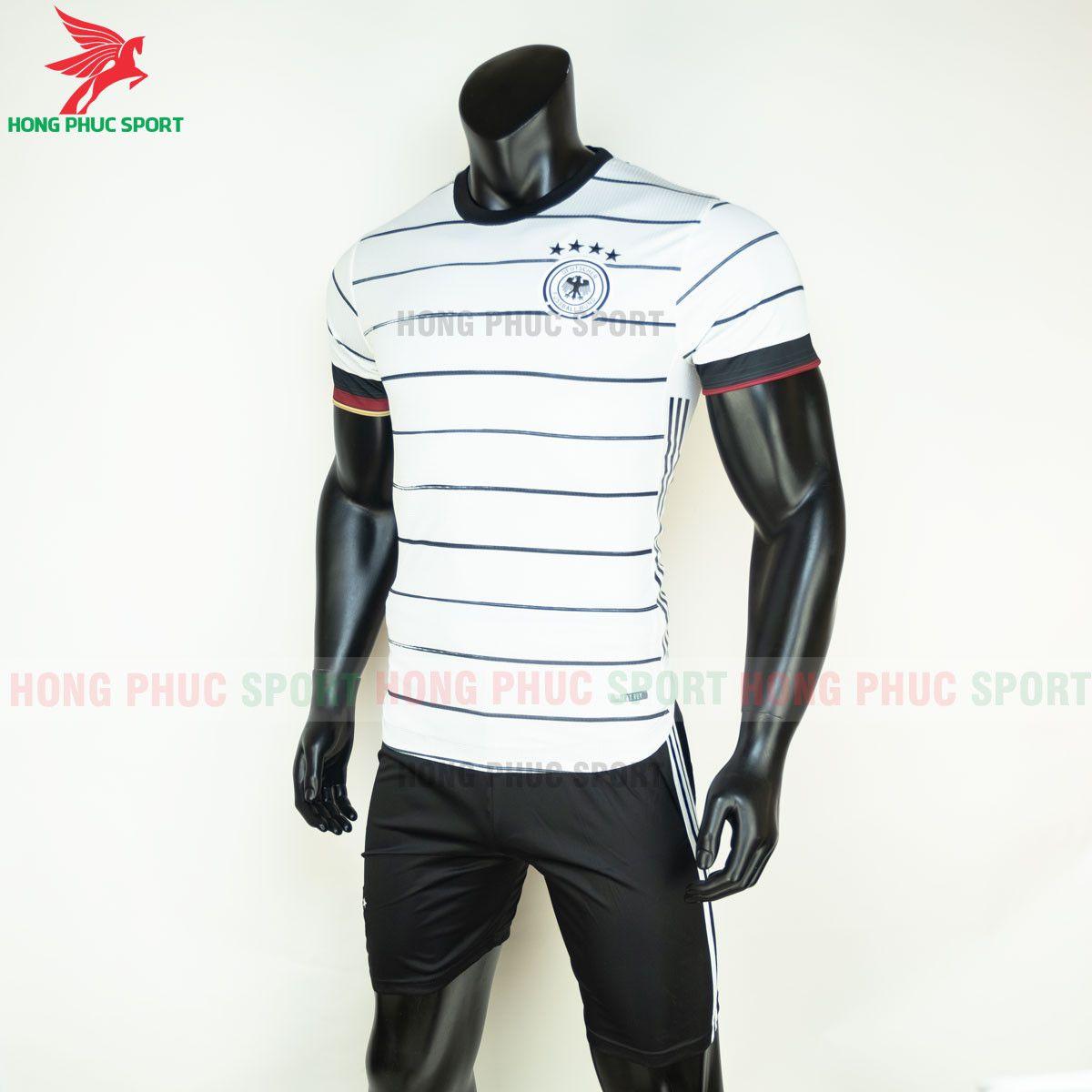 https://cdn.hongphucsport.com/unsafe/s4.shopbay.vn/files/285/ao-bong-da-tuyen-duc-2021-san-nha-hang-thai-5-60d300d3b833d.jpg
