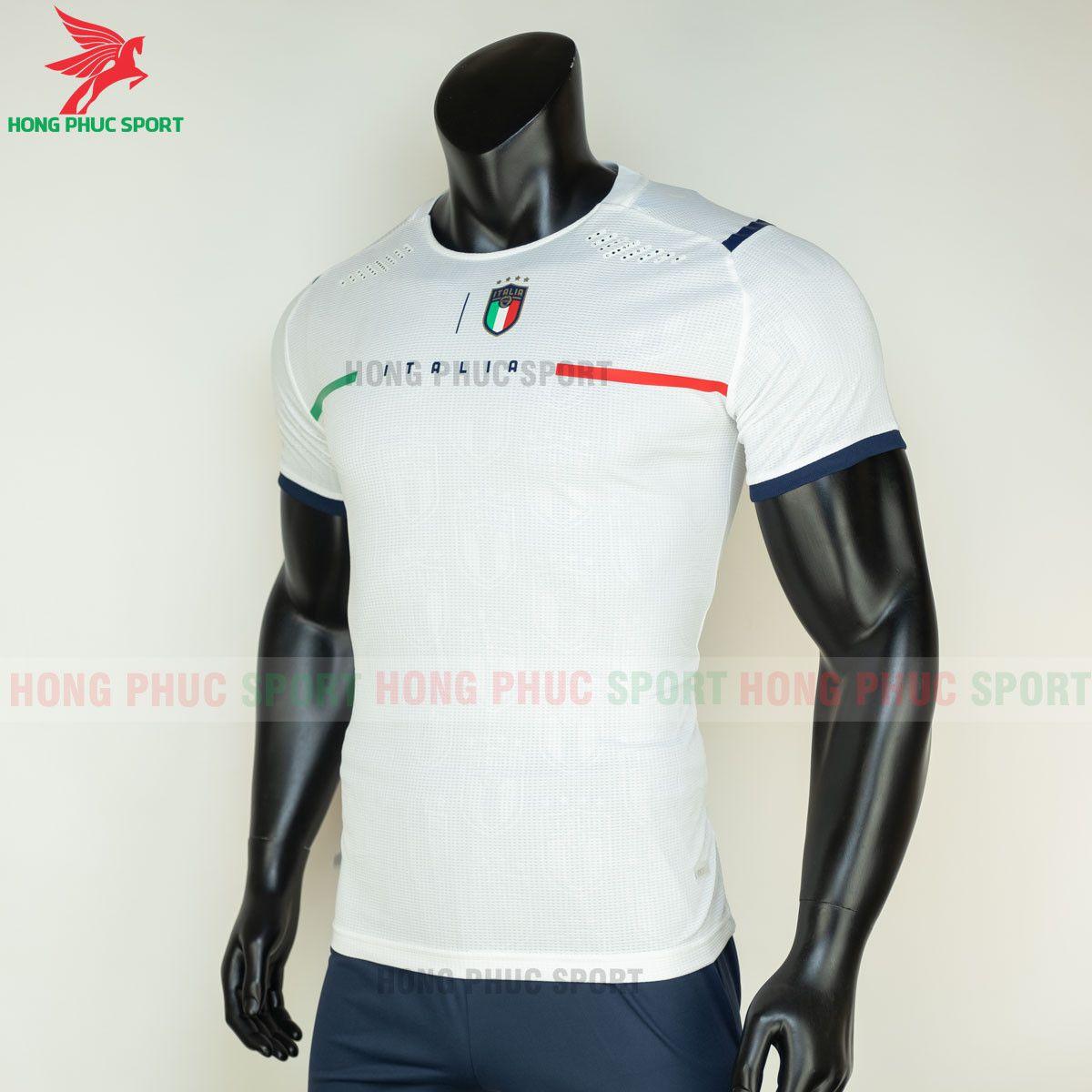 https://cdn.hongphucsport.com/unsafe/s4.shopbay.vn/files/285/ao-bong-da-tuyen-italia-2021-san-khach-hang-thai-3-60d2fefa8dd3a.jpg
