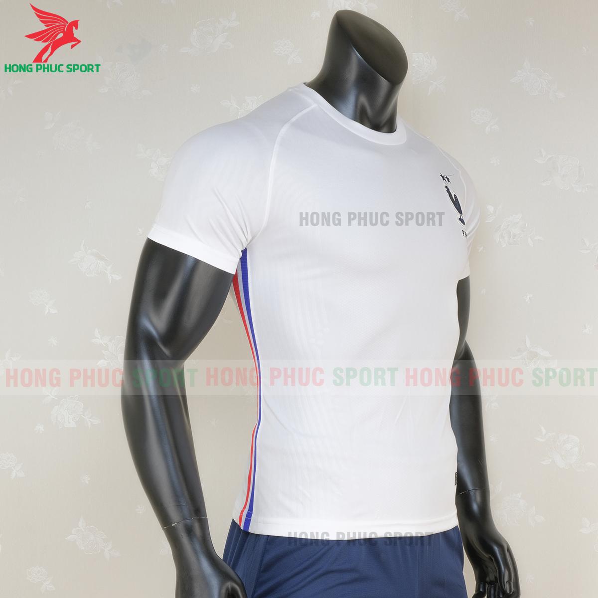 https://cdn.hongphucsport.com/unsafe/s4.shopbay.vn/files/285/ao-bong-da-tuyen-phap-san-khach-2020-2-5f6e9e6186f4a.png