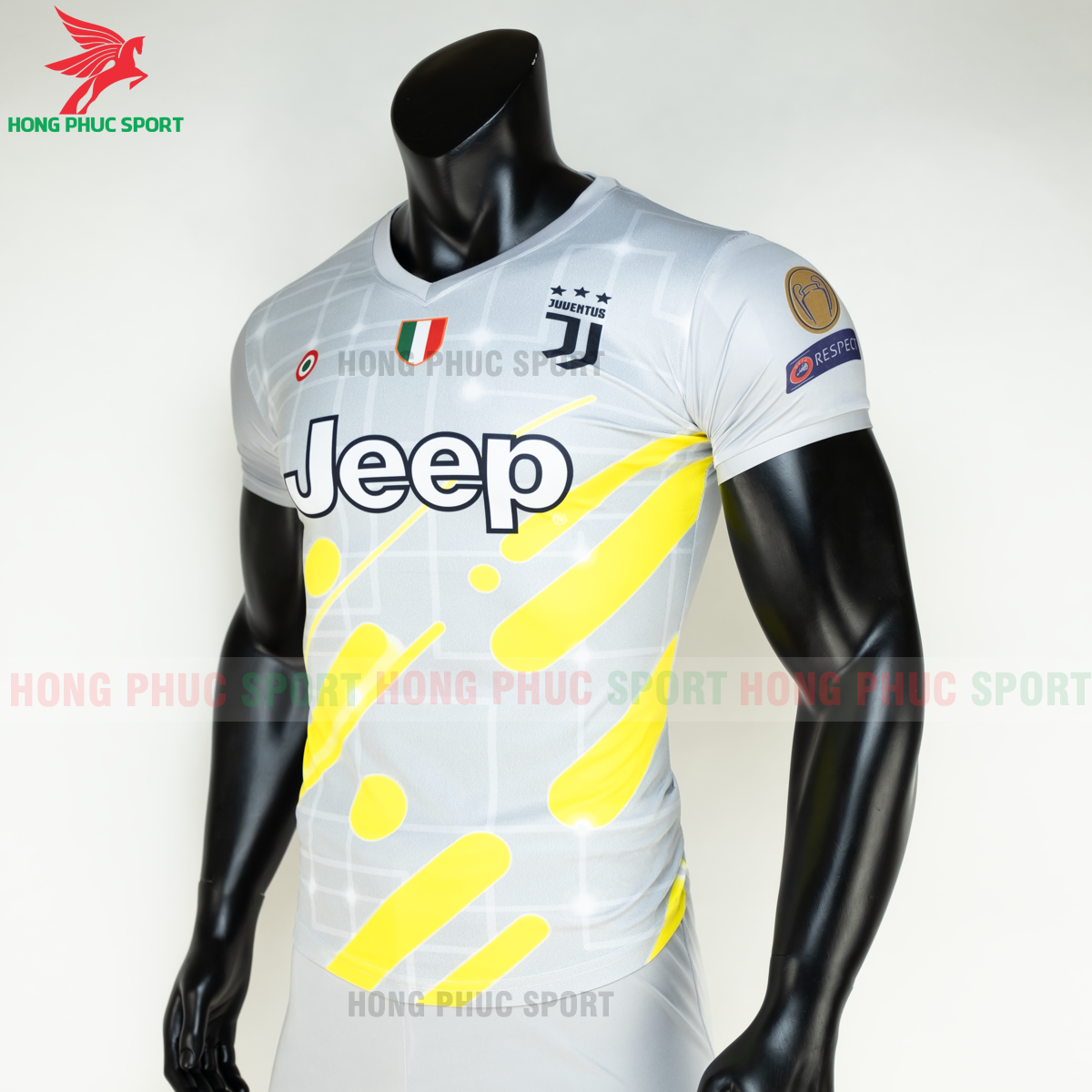 https://cdn.hongphucsport.com/unsafe/s4.shopbay.vn/files/285/ao-da-bong-juventus-2020-2021-phien-ban-fan-3-5fe1a895e4f2a.png