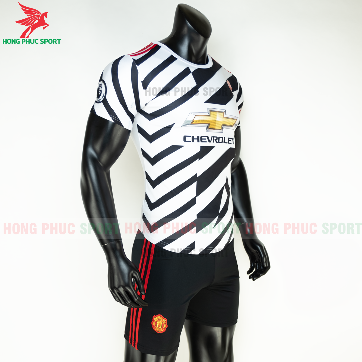 https://cdn.hongphucsport.com/unsafe/s4.shopbay.vn/files/285/ao-da-bong-manchester-united-2020-2021-mau-thu-3-6-5fe1b315be5d6.png