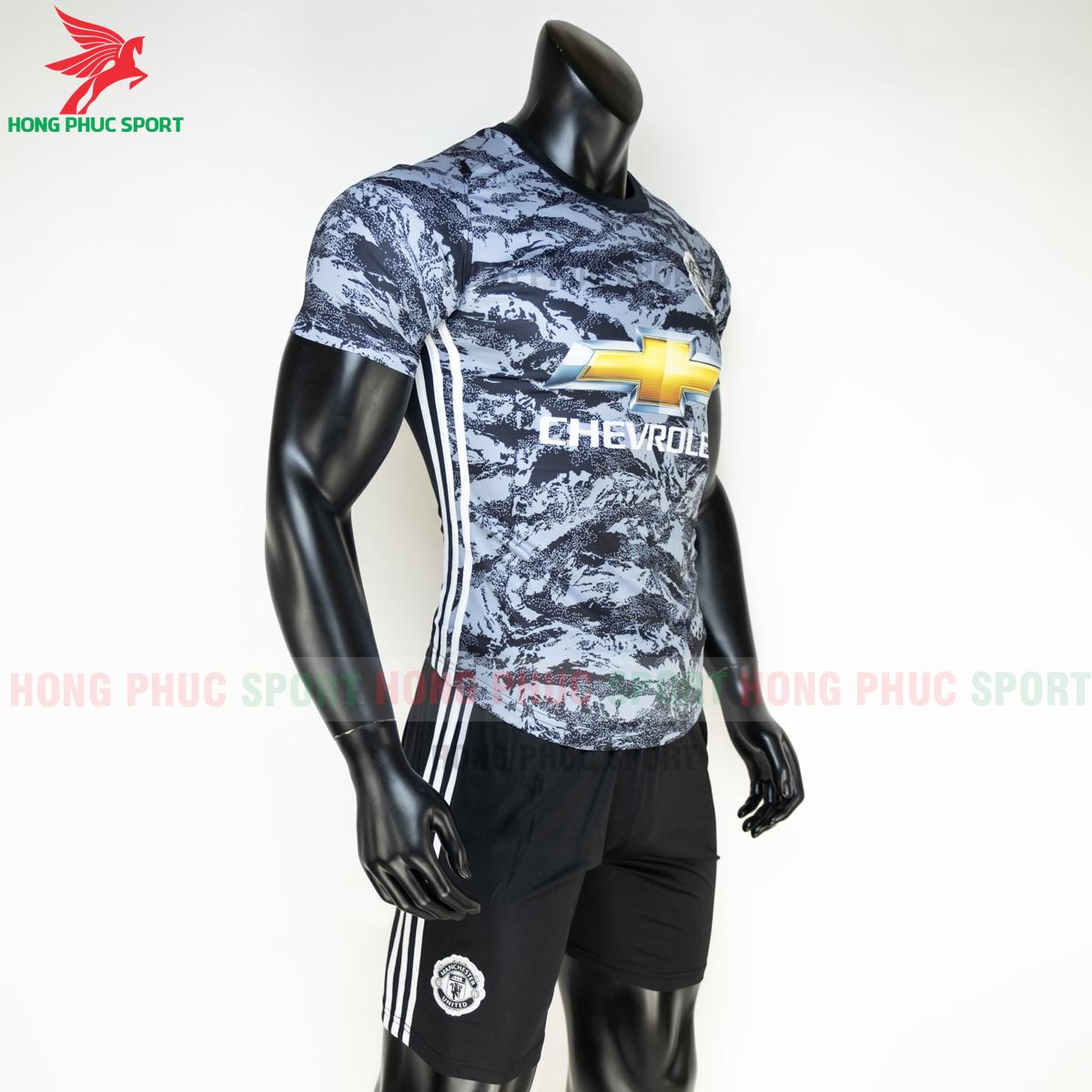 https://cdn.hongphucsport.com/unsafe/s4.shopbay.vn/files/285/ao-da-bong-manchester-united-2020-2021-phien-ban-fan-6-5fe1b7609b97d.png
