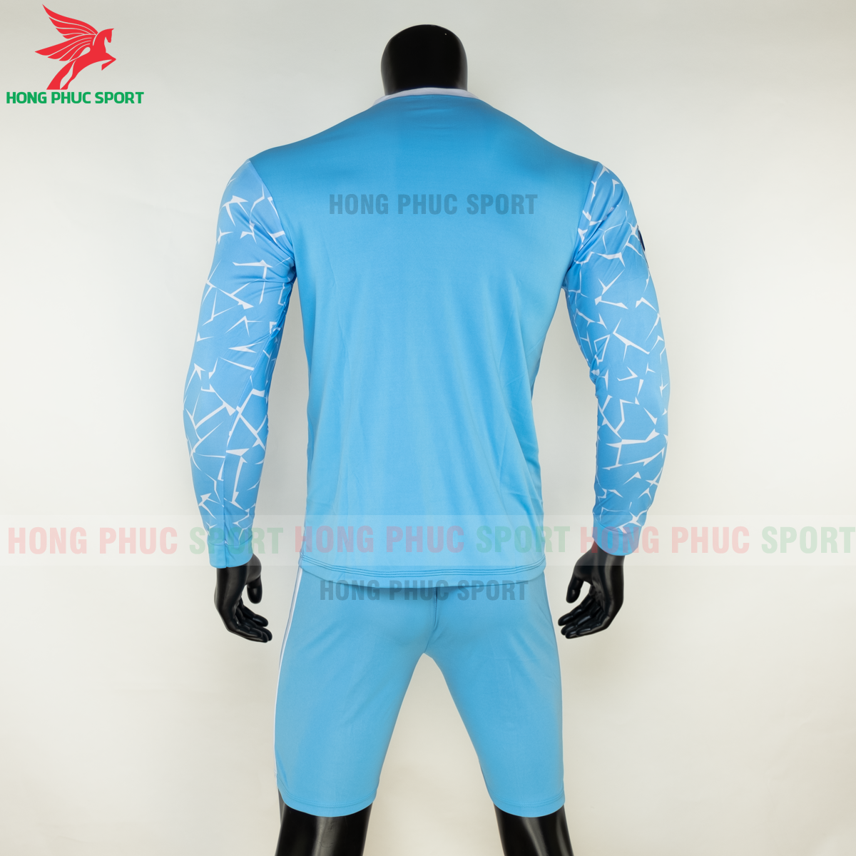 https://cdn.hongphucsport.com/unsafe/s4.shopbay.vn/files/285/ao-dai-tay-manchester-city-2020-san-nha-8-5f8fdbefabcb7.png
