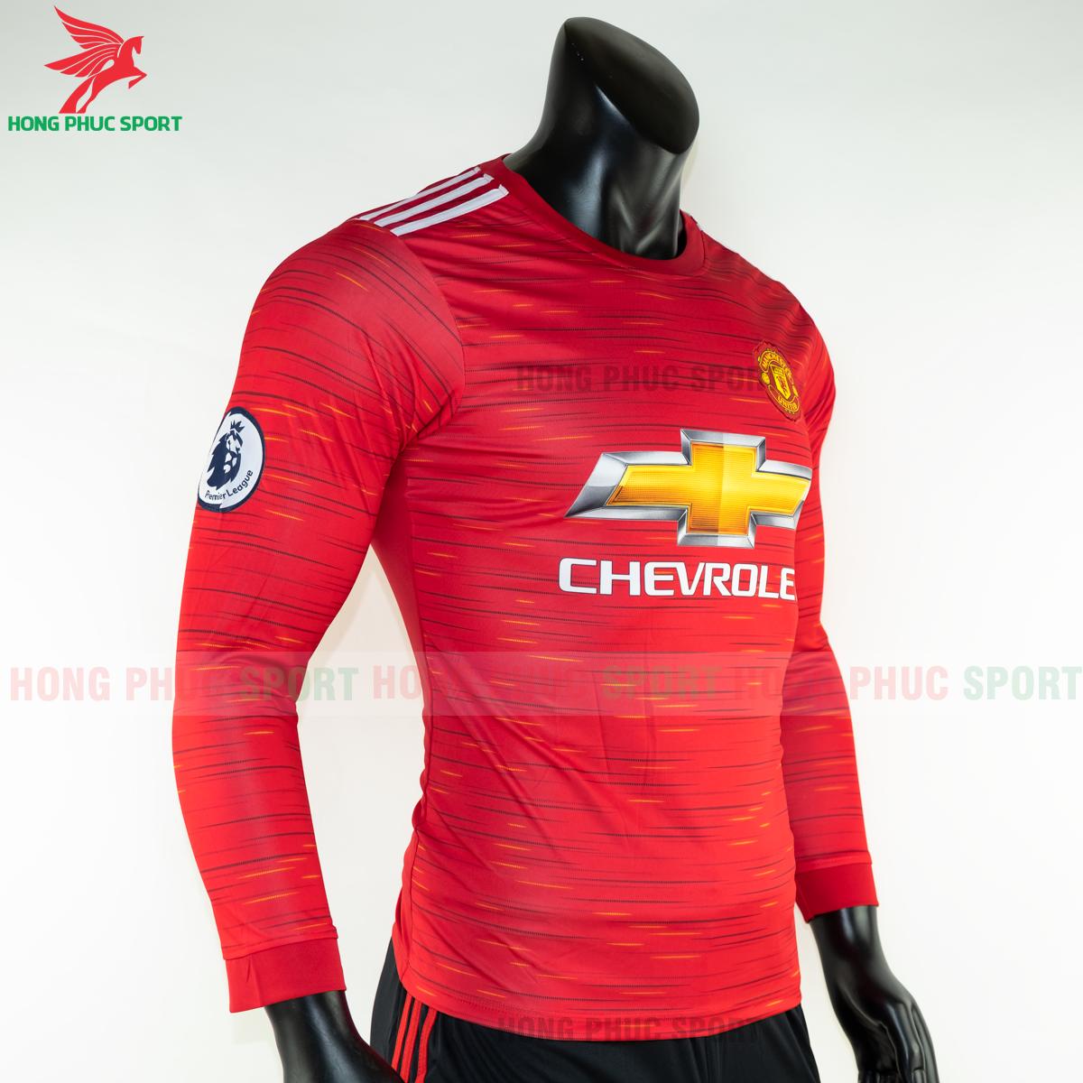 https://cdn.hongphucsport.com/unsafe/s4.shopbay.vn/files/285/ao-dai-tay-manchester-united-2020-san-nha-5-5f8fdd3e4fc66.png
