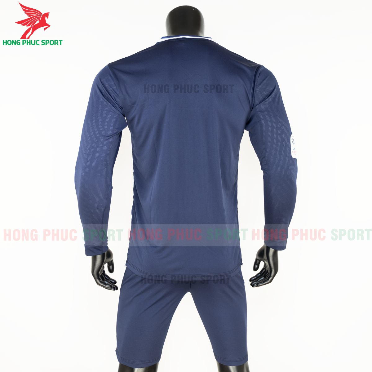 https://cdn.hongphucsport.com/unsafe/s4.shopbay.vn/files/285/ao-dai-tay-psg-2020-san-nha-8-5f8fe1296d225.png