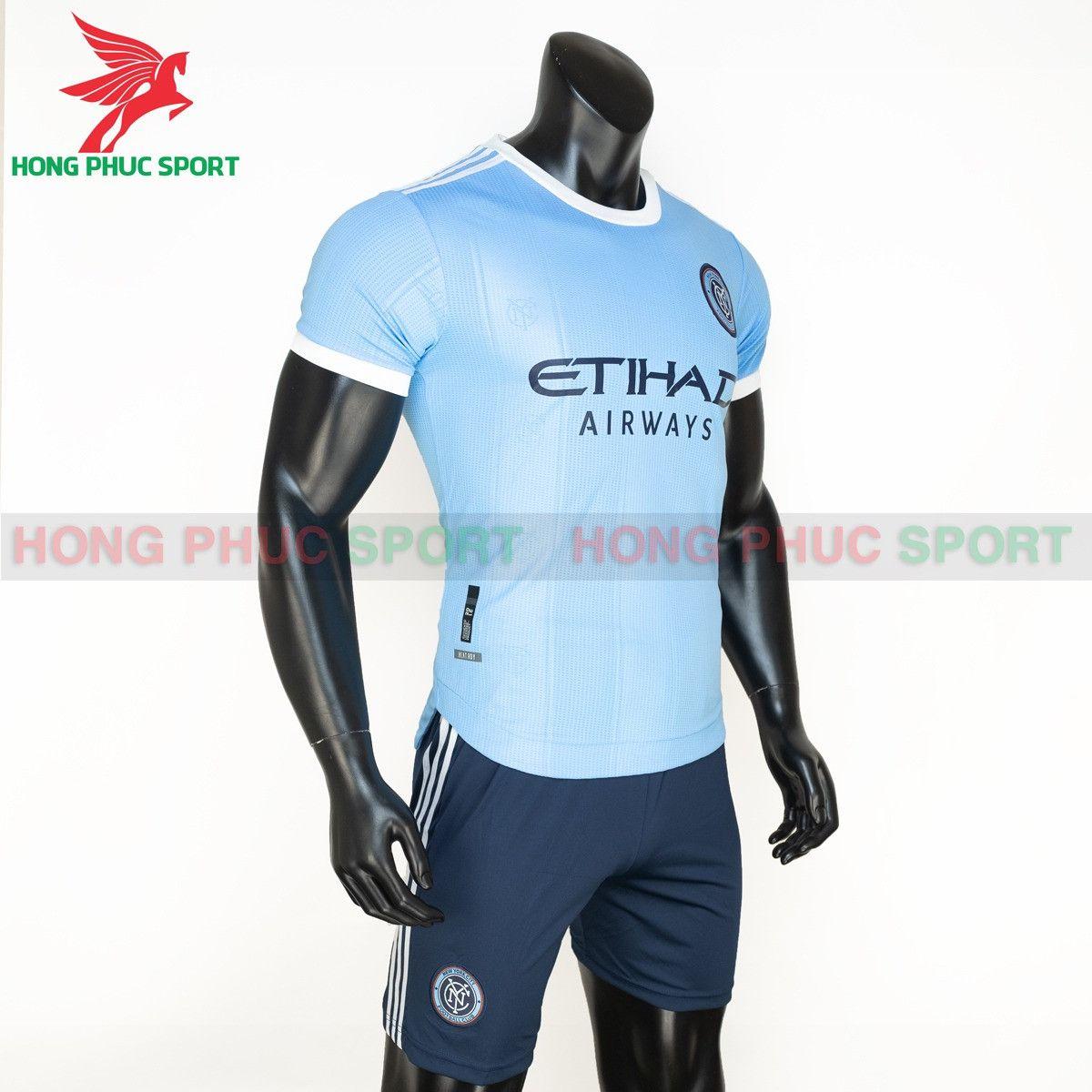 https://cdn.hongphucsport.com/unsafe/s4.shopbay.vn/files/285/ao-dau-new-york-city-2021-2022-san-nha-thailand-3-614add1422b98.jpg