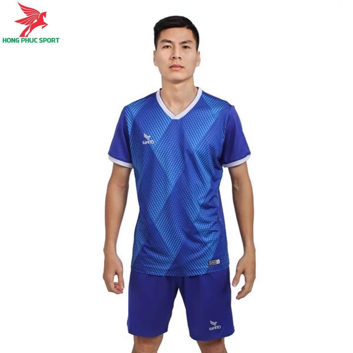 https://cdn.hongphucsport.com/unsafe/s4.shopbay.vn/files/285/ao-khong-logo-kamito-msh2101-mau-xanh-duong-1-6052db2118b3a.jpg