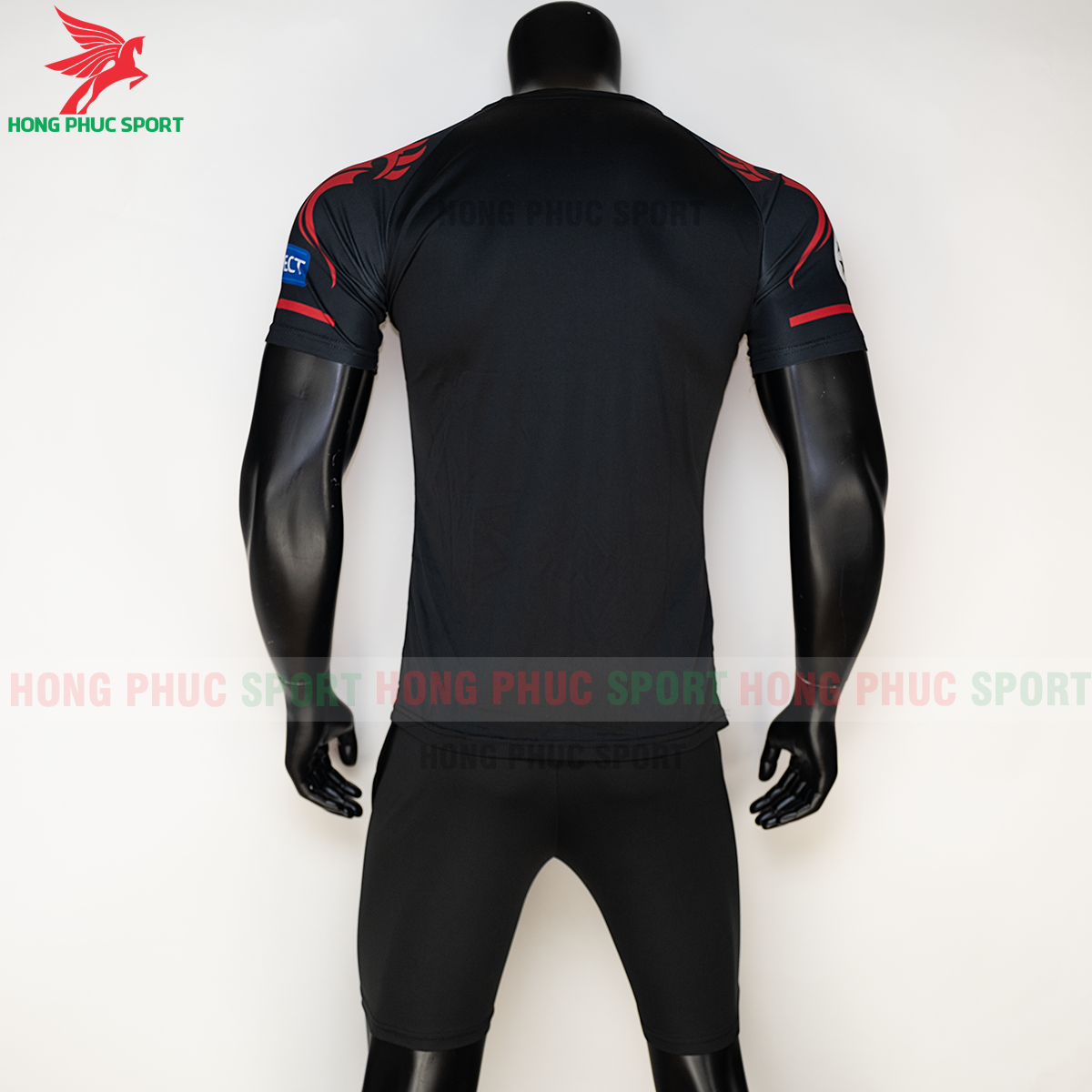 https://cdn.hongphucsport.com/unsafe/s4.shopbay.vn/files/285/ao-liverpool-2020-phien-ban-fan-7-5f72b8915b202.png