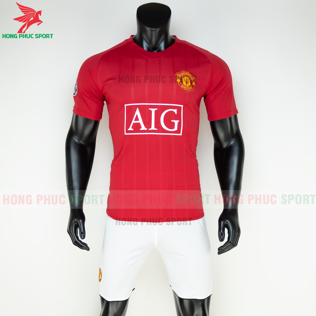 https://cdn.hongphucsport.com/unsafe/s4.shopbay.vn/files/285/ao-manchester-united-2008-2009-san-nha-hang-thailand-1-5fb1fa6263f53.png