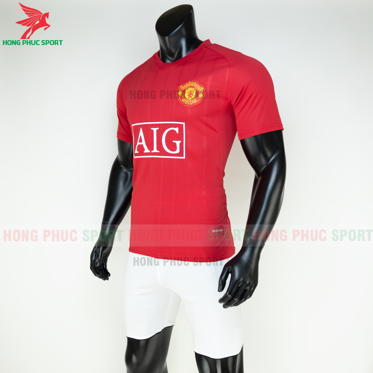 https://cdn.hongphucsport.com/unsafe/s4.shopbay.vn/files/285/ao-manchester-united-2008-2009-san-nha-hang-thailand-3-5fb1fa653e37a.png