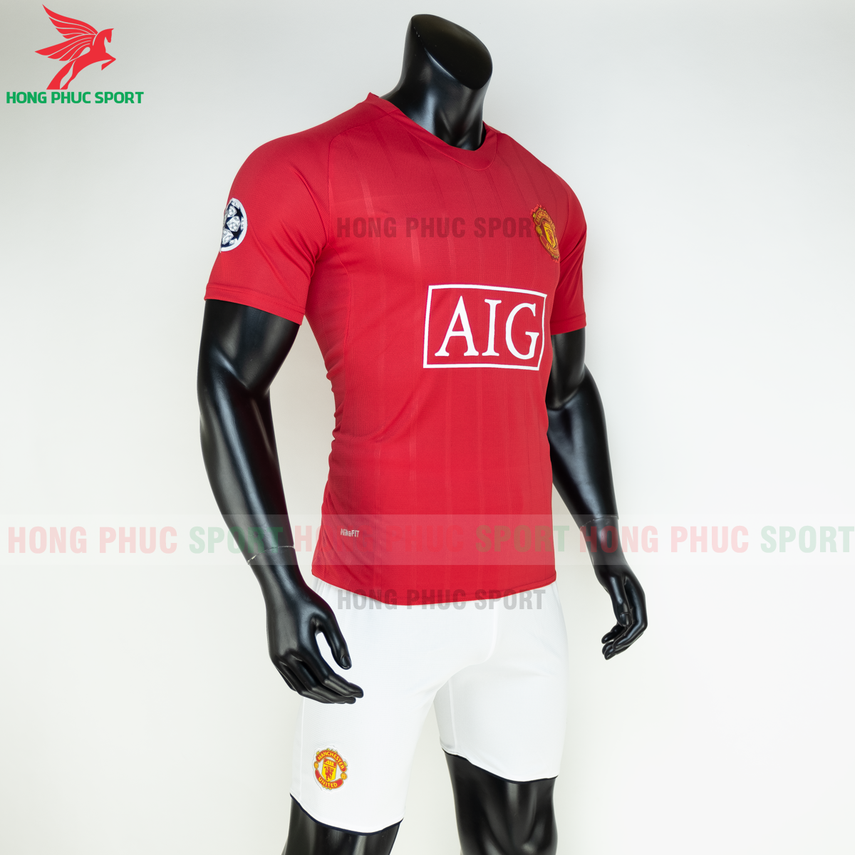 https://cdn.hongphucsport.com/unsafe/s4.shopbay.vn/files/285/ao-manchester-united-2008-2009-san-nha-hang-thailand-5-5fb1fa67062ce.png