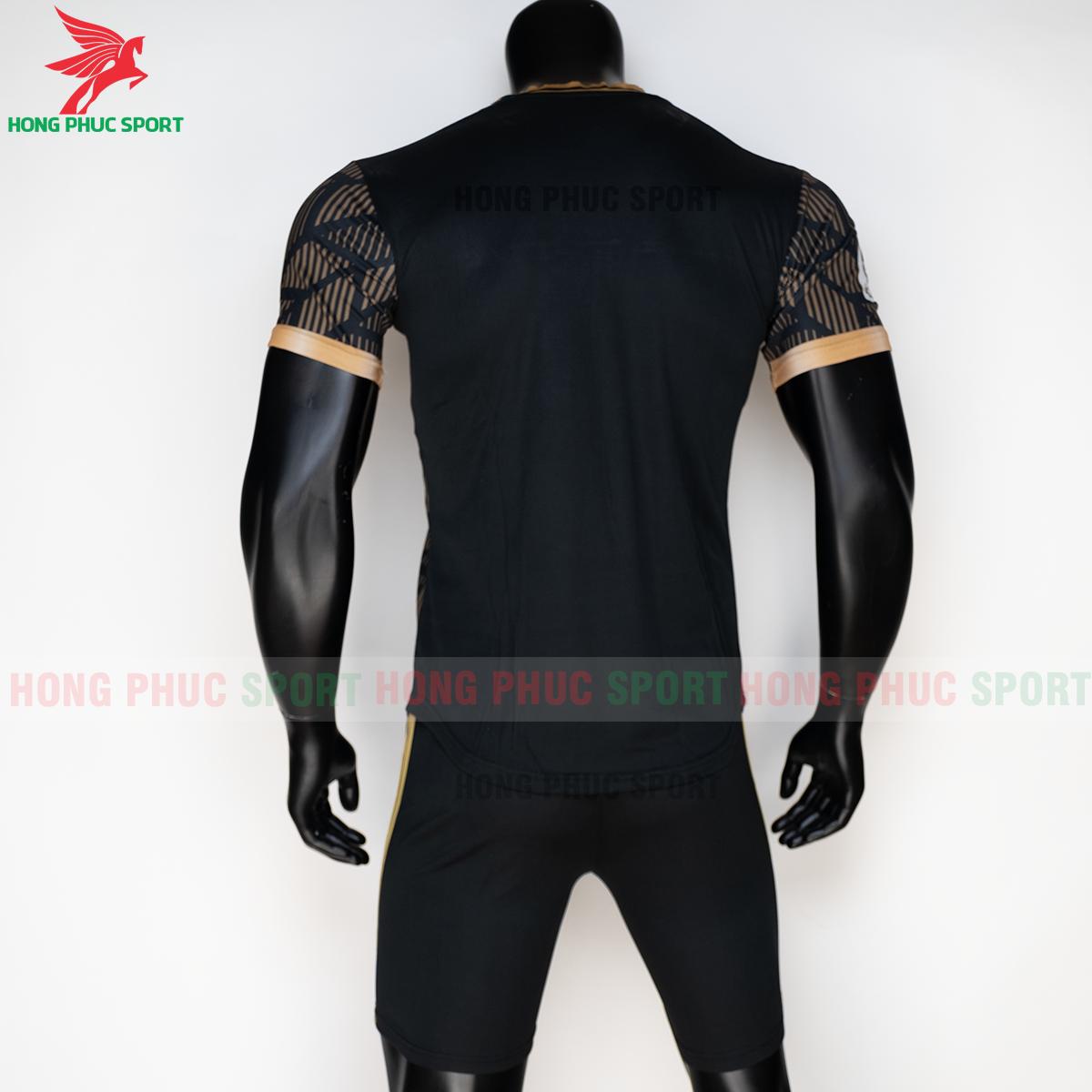 https://cdn.hongphucsport.com/unsafe/s4.shopbay.vn/files/285/ao-real-madrid-2020-phien-ban-fan-mau3-7-5f72fa6a32afc.png