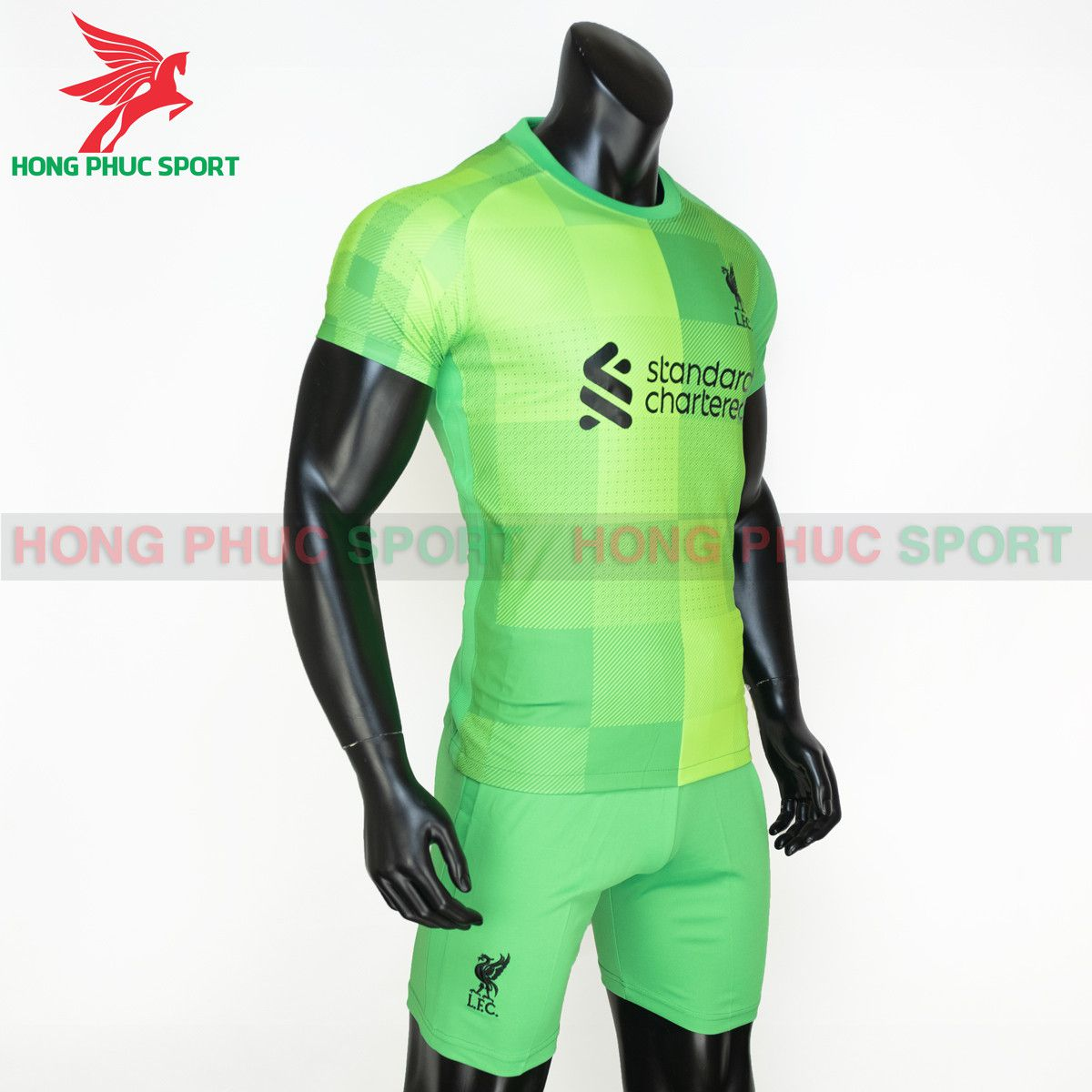 https://cdn.hongphucsport.com/unsafe/s4.shopbay.vn/files/285/ao-thu-mon-liverpool-2021-2022-thailand-4-614030e9203f0.jpg