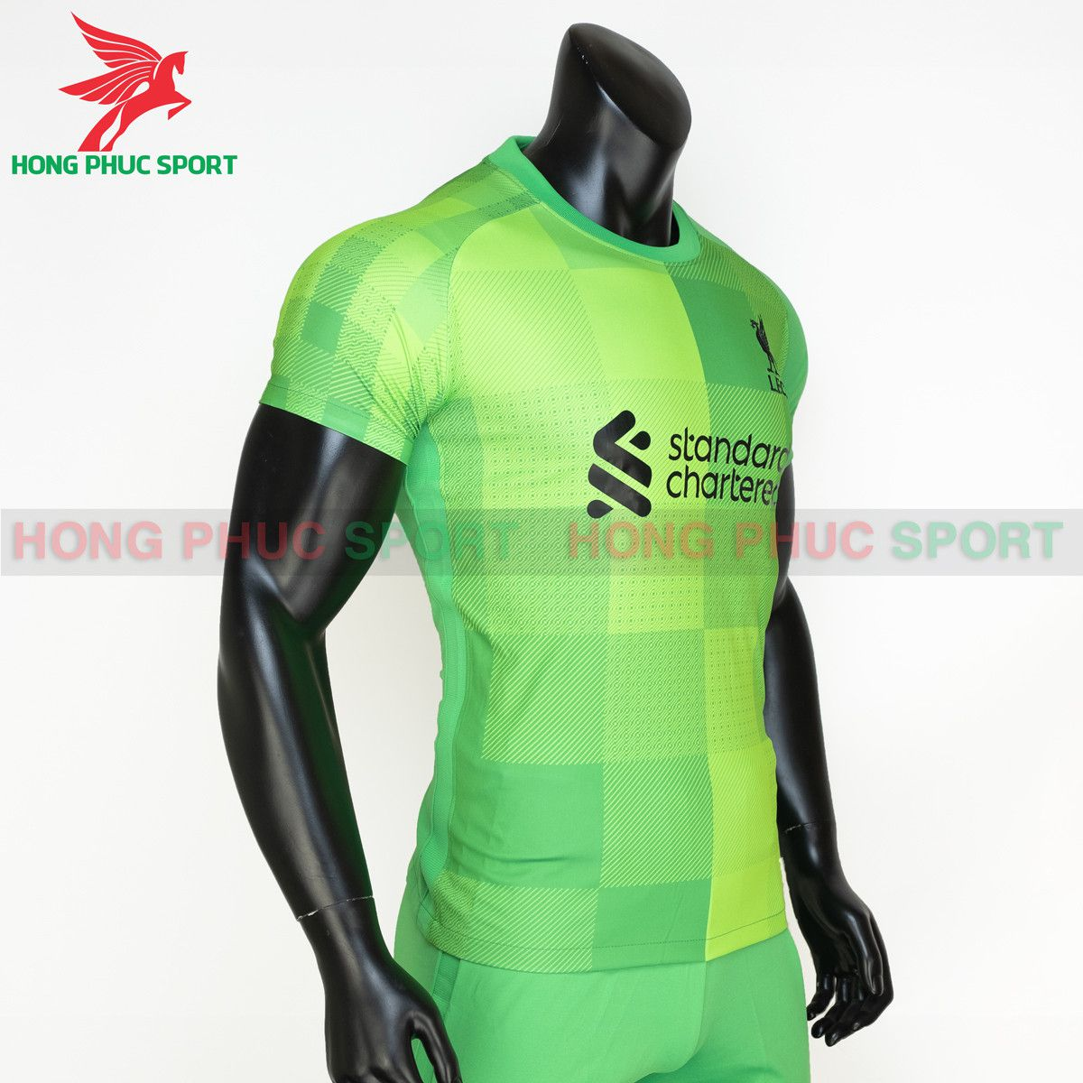 https://cdn.hongphucsport.com/unsafe/s4.shopbay.vn/files/285/ao-thu-mon-liverpool-2021-2022-thailand-5-6140311cb8388.jpg