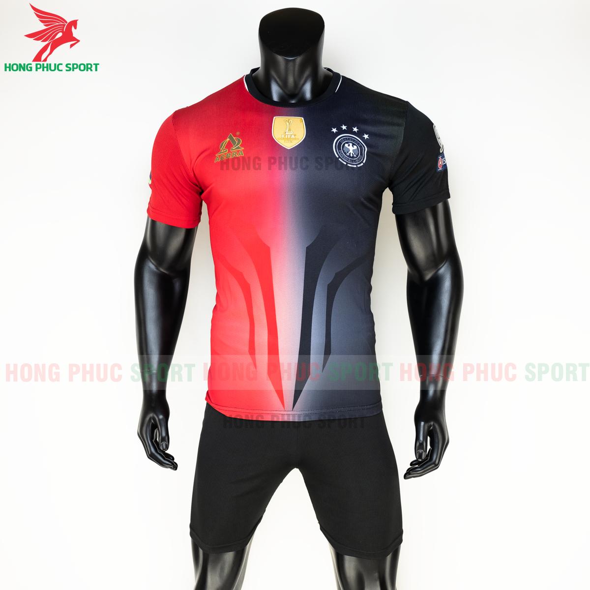 https://cdn.hongphucsport.com/unsafe/s4.shopbay.vn/files/285/ao-tuyen-duc-euro-2020-hang-det-phien-ban-fan-acrra-2-5fa0ff14beaad.png