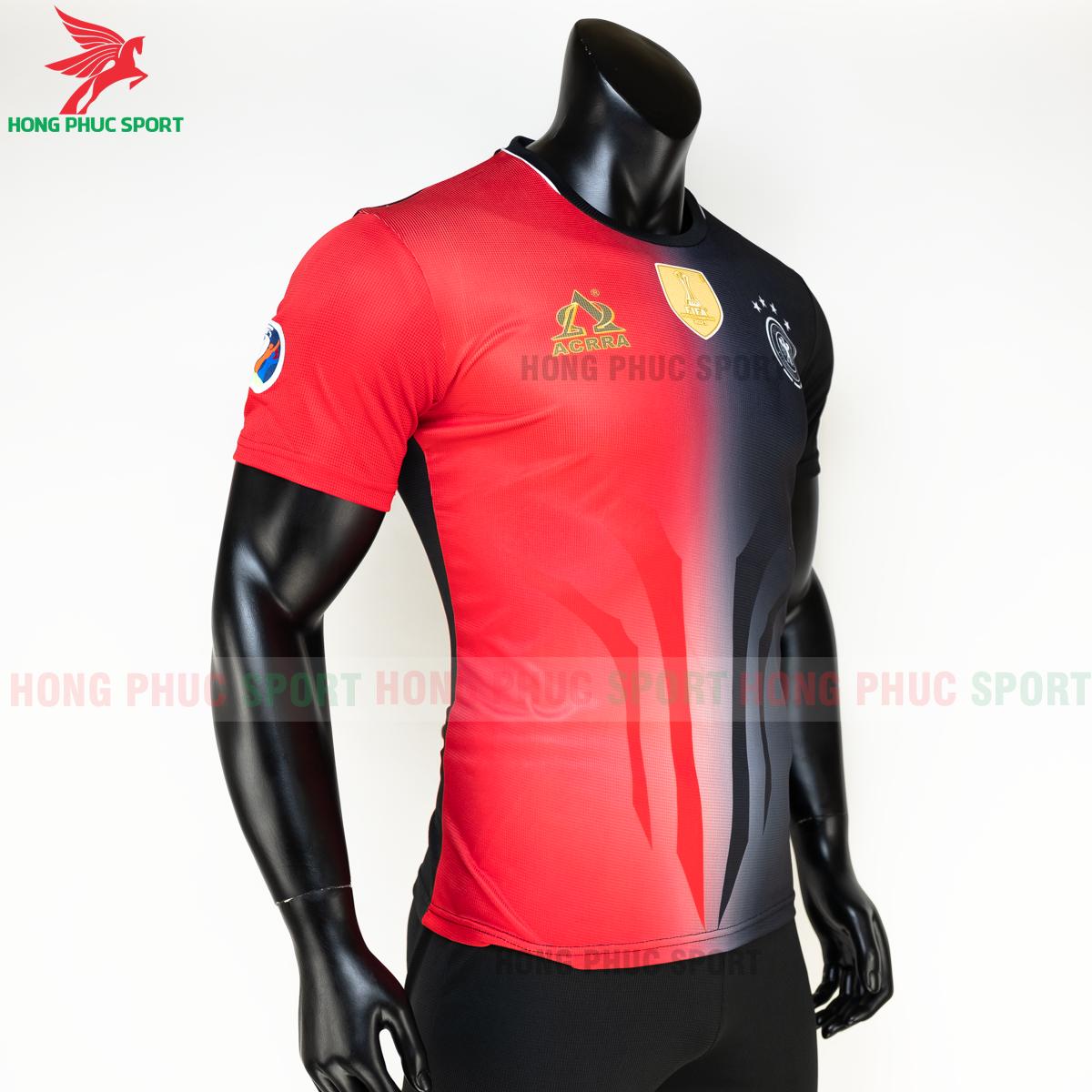https://cdn.hongphucsport.com/unsafe/s4.shopbay.vn/files/285/ao-tuyen-duc-euro-2020-hang-det-phien-ban-fan-acrra-3-5fa0ff15a0329.png