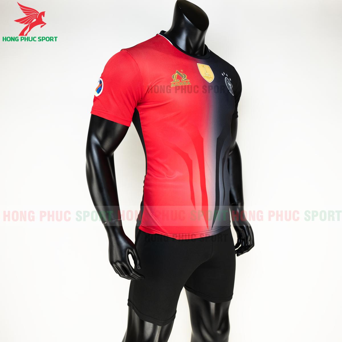https://cdn.hongphucsport.com/unsafe/s4.shopbay.vn/files/285/ao-tuyen-duc-euro-2020-hang-det-phien-ban-fan-acrra-4-5fa0ff169dc58.png