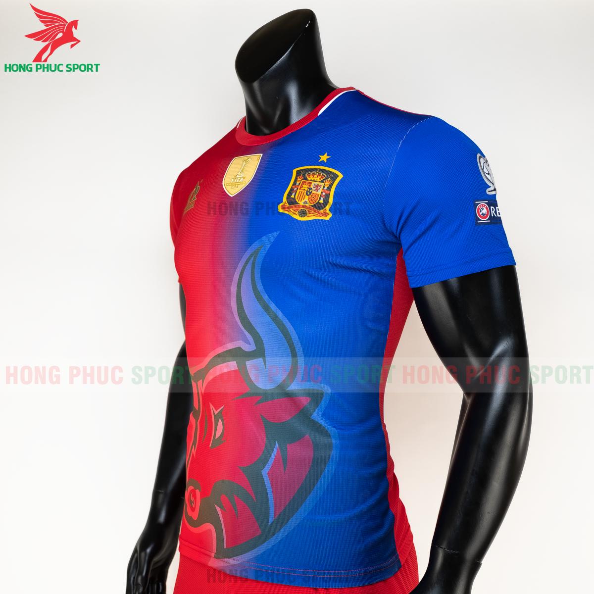 https://cdn.hongphucsport.com/unsafe/s4.shopbay.vn/files/285/ao-tuyen-tay-ban-nha-hang-det-phien-ban-fan-acrra-5-5fa1019111e46.png