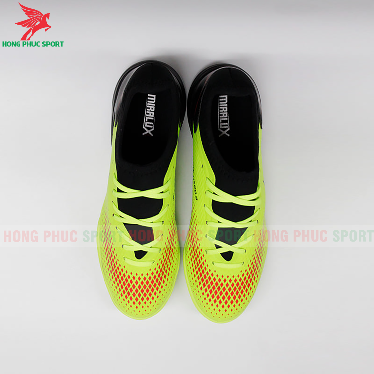 https://cdn.hongphucsport.com/unsafe/s4.shopbay.vn/files/285/giay-da-bong-mira-lux-20-3-mau-xanh-chuoi-phoi-den-2-5f740520cf40e.png