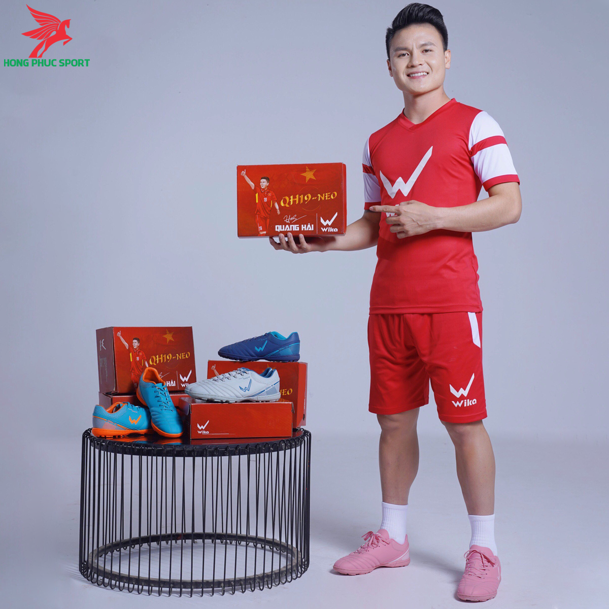 https://cdn.hongphucsport.com/unsafe/s4.shopbay.vn/files/285/giay-da-bong-wika-qh19-neo-2-605866f59cfaa.png